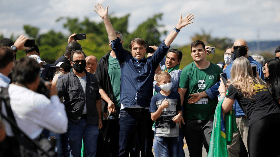 Democracy (still) on the Edge: An Analysis of Brazil's Political Response to the Covid-19 Crisis